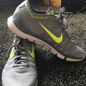 Nike Flex Supreme TR3 Training Shoes